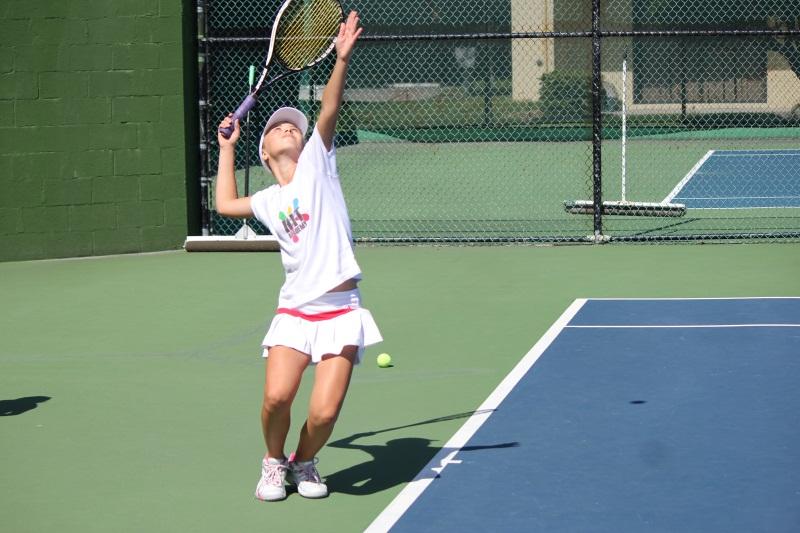 Tennis Training kids practicing